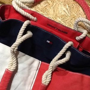 Tommy Hilfiger Tote. Excellent Condition!